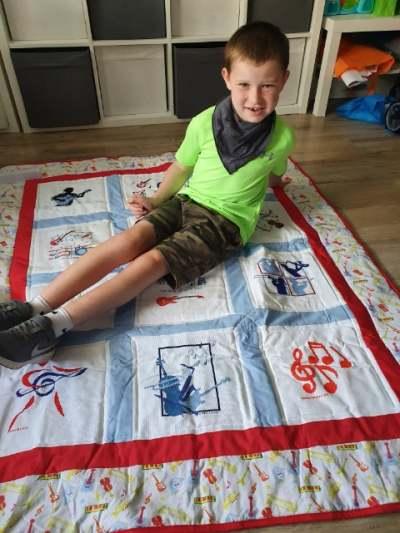 Photo of Aaron P's quilt