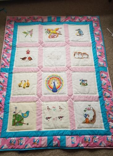 Photo of (QUILTED) Birdss quilt