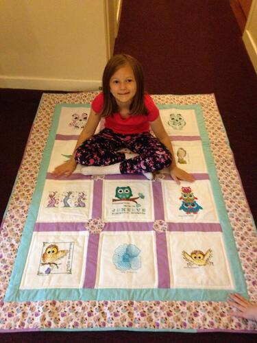 Photo of Jeneeve Js quilt