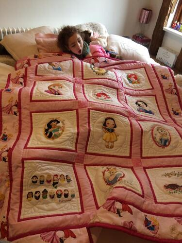 Photo of Amber Rs quilt